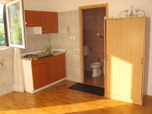 Apartments Sopaljska 24a, Апартаменты  Цриквеница - big - 8