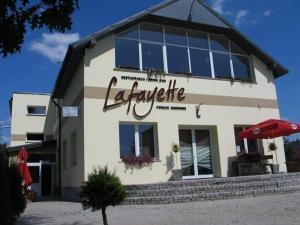 Restauracja Lafayette Pokoje Goscinne