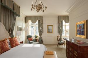 Отель Four Seasons Lion Palace - фото 21