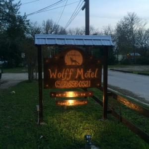 Wolff Motel