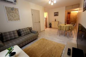 Апартаменты на Наурызбай Батыра 63 - фото 13