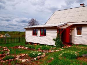 Dom na Semi Vetrakh