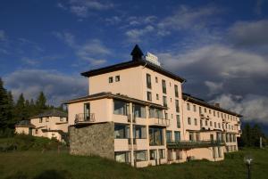 Nevra Aparthotel