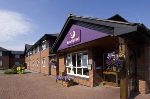Суонси - Premier Inn Swansea North
