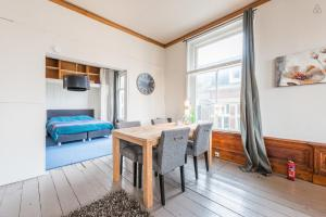 Authentic apartment Amsterdam center