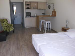 Aparthotel Camp El Planet, Отели  Альфас-дель-Пи - big - 2