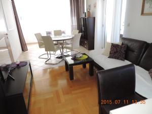 Apartments Villa Tanja, Ferienwohnungen  Trogir - big - 14