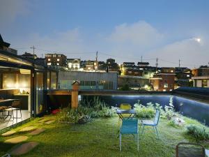 Сеул - A House