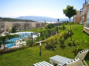 Garnet 21 Turquoise Resort