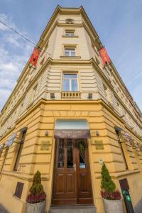 Prague centre plaza prague czech republic j2ski for Hotels in prague centre