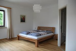 Alter Pfarrhof, Апартаменты  Breitenberg - big - 3