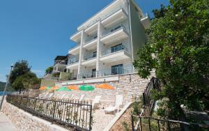 Apartments Villa Luce, Неум