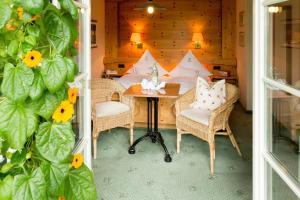 Garden-Hotel Reinhart, Отели  Прин-ам-Кимзее - big - 18