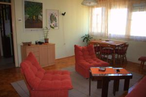 (High Garden - Self Catering Apartment)