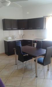 Mellieha Centre 2 bedroom, Apartmány  Mellieħa - big - 11