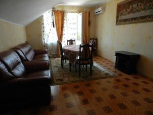 Marina Guest House, Vendégházak  Gaszpra - big - 5