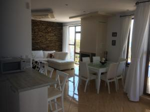 Villa Bellerose, Holiday homes  Bozhurets - big - 40