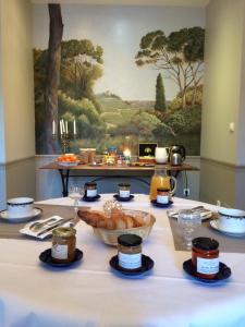 Chateau Pech-Céleyran, Bed & Breakfasts  Salles-d'Aude - big - 45