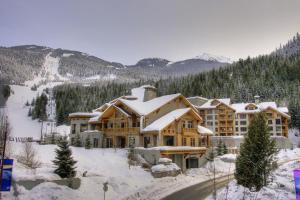 First Tracks Lodge - Whistler Blackcomb