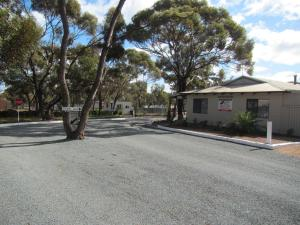 Acclaim Gateway Tourist Park - , Western Australia, Australia