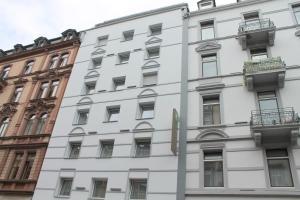 앰베서더 호텔 (Ambassador Hotel)