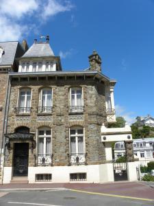 Maison Georges Dior