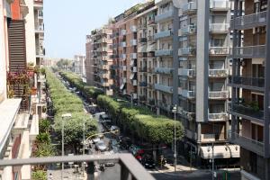 Apartment Corso Cavour, Apartmány  Bari - big - 9