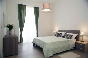 Apartment Corso Cavour, Apartmány  Bari - big - 8