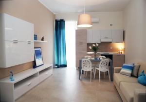 Apartment Corso Cavour, Apartmány  Bari - big - 13