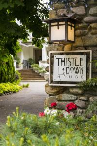 ThistleDown House, Bed and Breakfasts  North Vancouver - big - 31