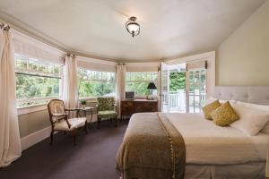 ThistleDown House, Bed and Breakfasts  North Vancouver - big - 5