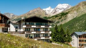 Haus Aristella, Apartments  Saas-Fee - big - 80