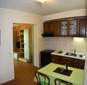 Nakic Apartments, Apartments  Brodarica - big - 26
