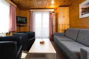 Haus Belle-Vue, Apartmány  Saas-Fee - big - 4
