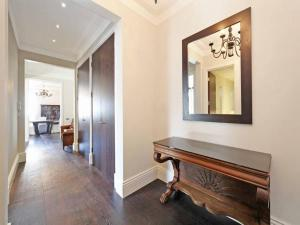 Luxury 2BR Apartment in Knightsbridge, Apartments  London - big - 16