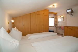 Gästehaus Wanker, Pensionen  Ehrwald - big - 3
