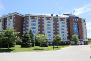 Residence & Conference Centre Barrie