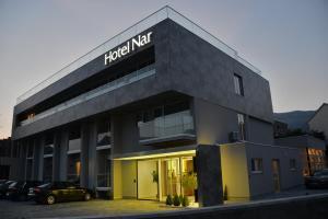 Hotel Nar