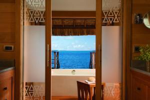 Four Seasons Resort Bora Bora, Resort  Bora Bora - big - 13