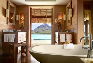 Four Seasons Resort Bora Bora, Resort  Bora Bora - big - 20