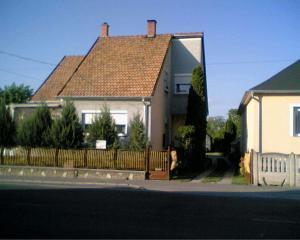 Marika Haus