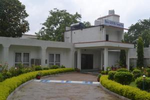 Hotel Ganesha Garden Villa