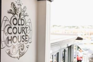 Old Court House Inn