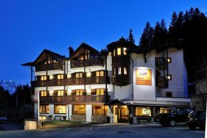 (Hotel Montana)