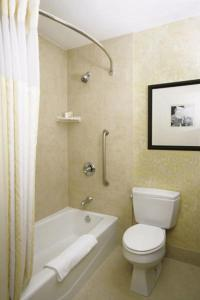 Hilton Garden Inn Ft Worth Alliance Airport, Hotels  Roanoke - big - 2