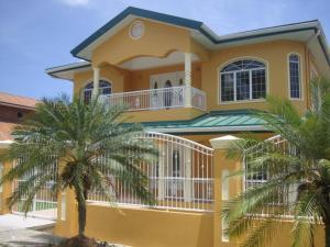 加勒比海天堂旅馆