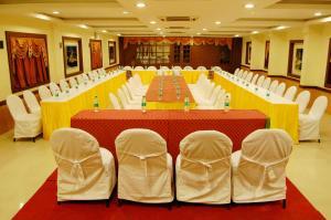 Hotel Royal Sathyam, Szállodák  Tiruccsirápalli - big - 42