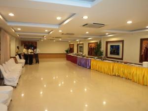 Hotel Royal Sathyam, Szállodák  Tiruccsirápalli - big - 40