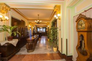 Hotel Tisza és Thermálfürdo