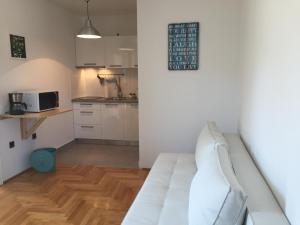 Apartments Papalinna, Апартаменты  Малинска - big - 10